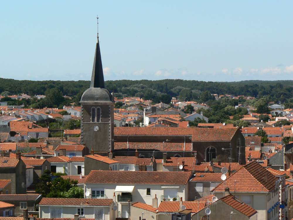 Vue des toits de la Chaume